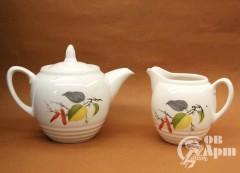 Чайник заварочный и молочник